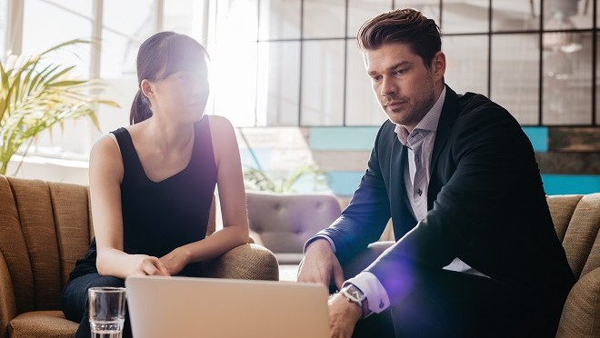 Employee talking to boss about career progression plan - Hays Viewpoint, careers advice blog